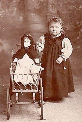 77c3ff590953086058ca4f981782aad6--victorian-photos-antique-photos