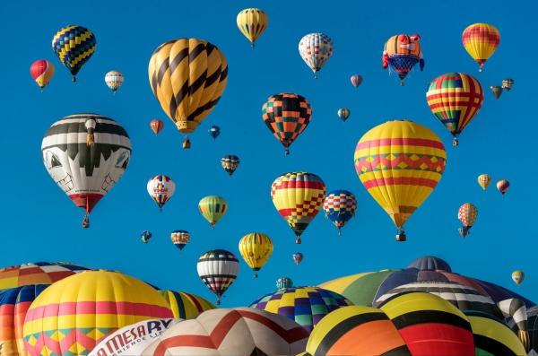colorful_hot_air_balloons_605819