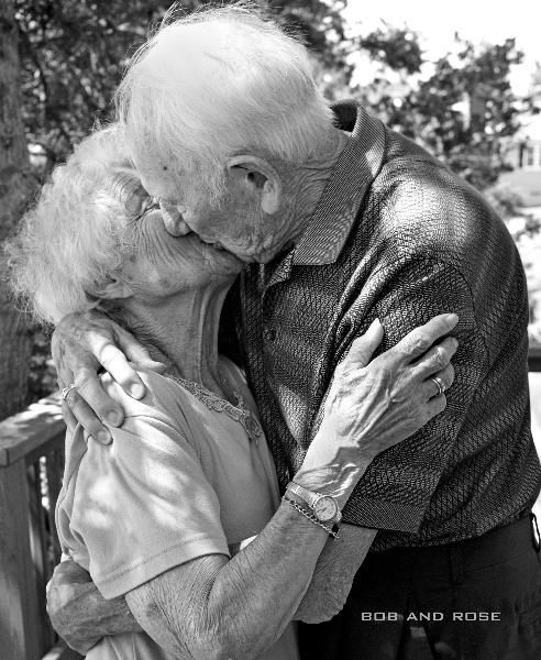 9f4f6826453db50e0beb49e2726af432--old-couples-happy-couples
