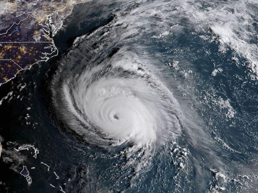 hurricane-florence-6am-et-gty-ml-180912_hpMain_4x3_992
