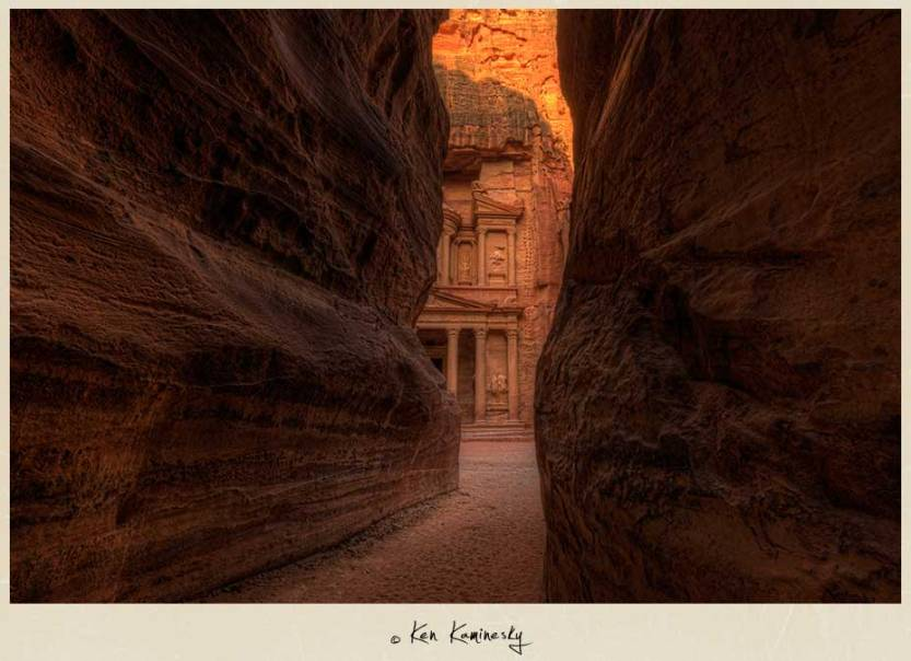 Kaminesky-Blog-Jordan-Petra-Treasury-Entrance