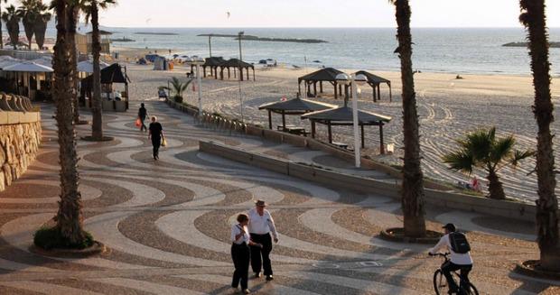 beach-promenade