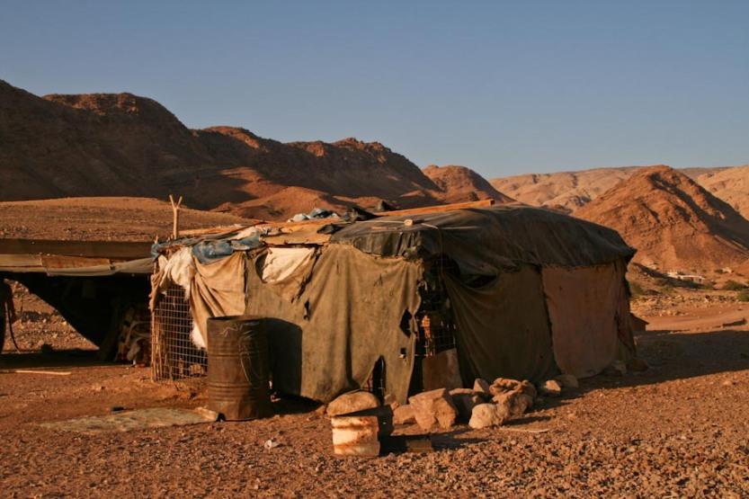 bedouin_tent_feynan_ecolodge_jordan