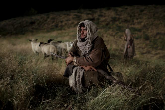 bible-video-nativity-shepherds-1400901-gallery (1).jpg